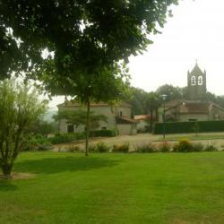 Bourg de Lacajunte