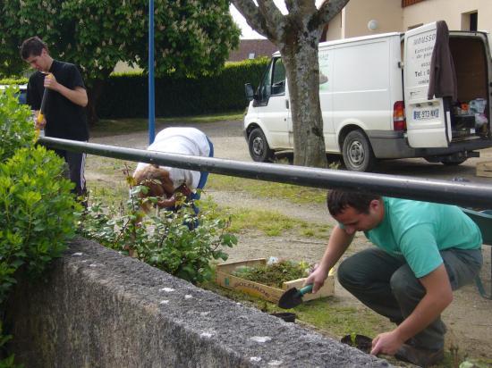 Fleurissement 04/05/2013